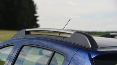 Dacia Sandero Stepway - roof rail