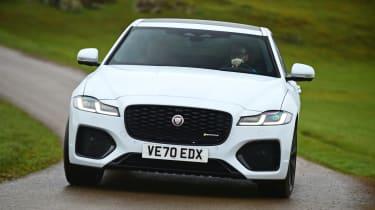 Jaguar XF facelift - front action