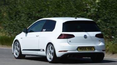 Mountune VW Golf R - rear