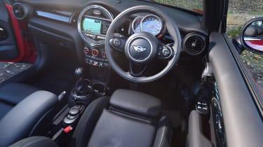 MINI Convertible - interior