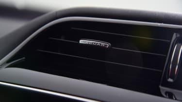 Jaguar XE - vent