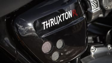Triumph Thruxton R review - Thruxton R badge