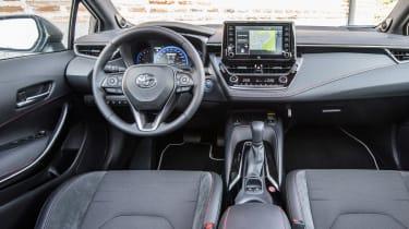 Toyota Corolla Touring Sports prototype - dash