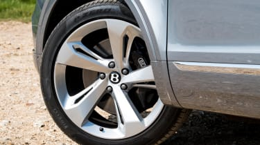 Bentley Bentayga V8 - Wheel