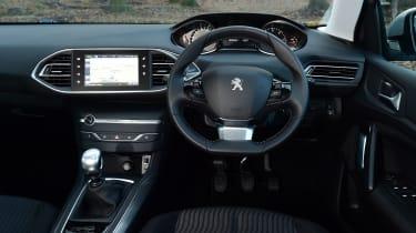 Peugeot 308 SW - dash