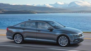 Volkswagen Passat - front action