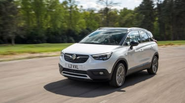 Vauxhall Crossland X - front action