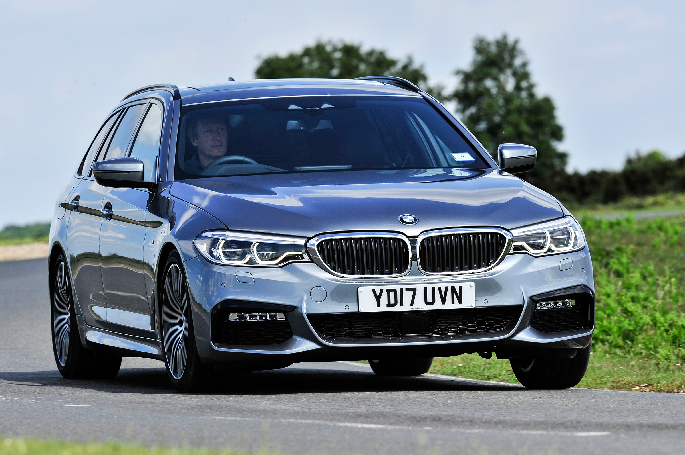 Bmw 5 Series Touring Review Auto Express