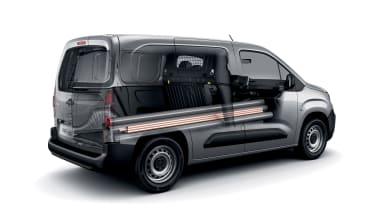 Peugeot Partner - rear/side