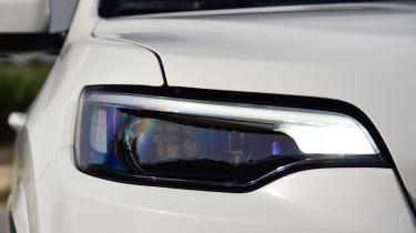 Jeep Cherokee - headlight