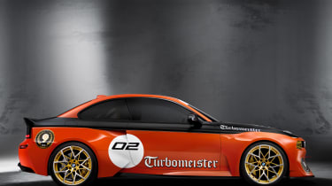 BMW 2002 Hommage Turbomeister - side