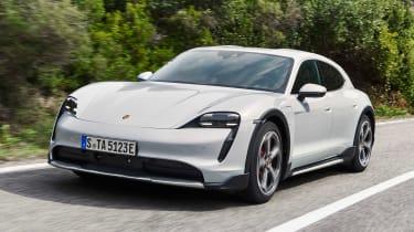 Porsche Taycan Cross Turismo - front action