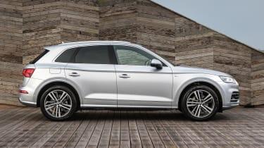 Audi Q5 - side static