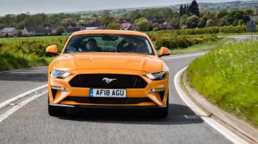 Ford Mustang V8 - full front