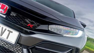 Honda Civic Type R Sport Line - front light