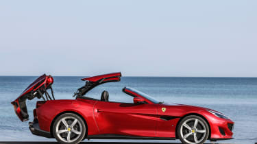 Ferrari Portofino - roof mechanism