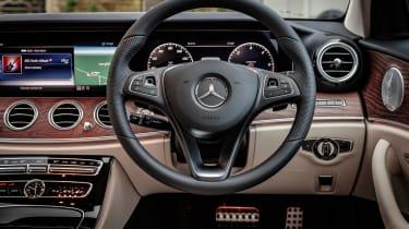 Mercedes E-Class All-Terrain - dash