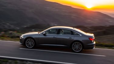 Audi A6 - twilight side