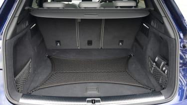 Audi SQ5 - boot