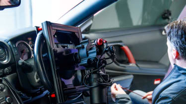 Remote control Nissan GTR/C - interior