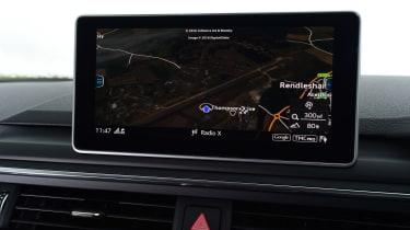 Audi A4 Allroad UK 2016 - sat nav