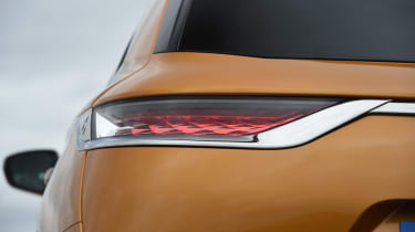 DS 7 Crossback tail-light