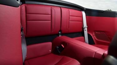 Porsche 911 Cabriolet - rear seats