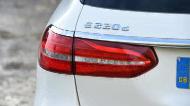 Mercedes E-Class Estate 2017 - E 220d 4MATIC rear light