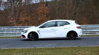 Renault Megane R.S. Trophy-R - spyshot 8