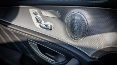 Mercedes-AMG E 63 S - seat controls