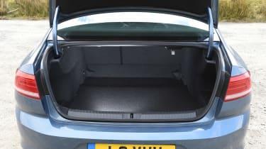 Volkswagen Passat - boot