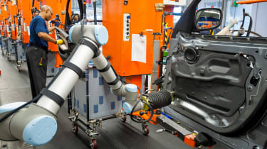BMW SUVs feature - BMW SUV door assembly