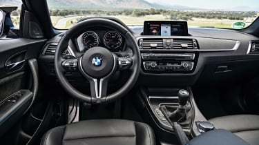 BMW M2 Competition - dash