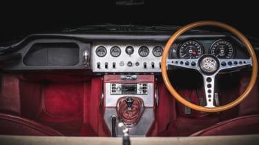 Jaguar Land Rover classic infotainment cockpit