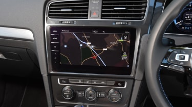 Long-term test - VW e-golf - infotainment