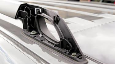 Nissan Pathfinder roof rail