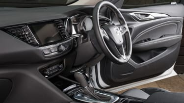 Vauxhall Insignia Country Tourer - steering wheel