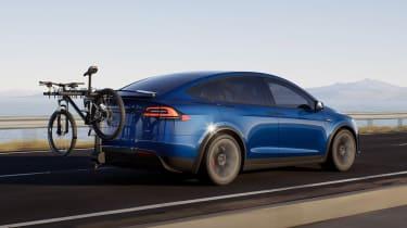Tesla Model X facelift - rear action