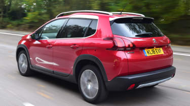 peugeot 2008 tracking rear