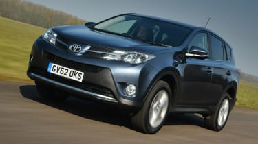 Toyota RAV4 Icon 2.2 D-4D front tracking