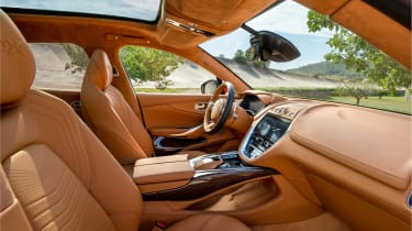 Aston Martin DBX - front seats