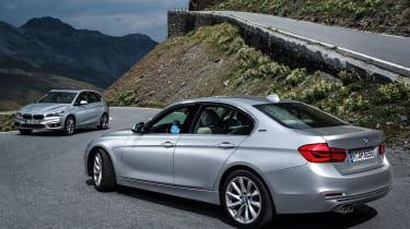 BMW 330e & 225xe