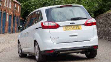 Ford Grand C-MAX 2016 - rear quarter