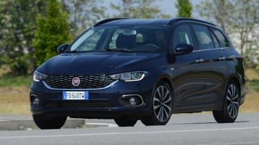 Fiat Tipo Station Wagon estate - front cornering