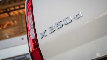 Mercedes X-Class - badge