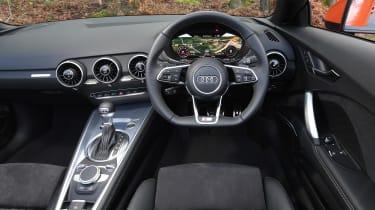 Audi TT Roadster - dash