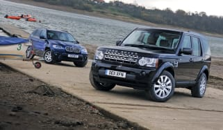 Land Rover Discovery 4 vs BMW X5