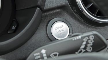 Audi A1 vs MINI Cooper