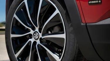 Vauxhall Grandland X Hybrid4 - wheel