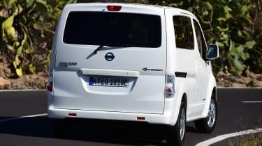 Nissan e-NV200 - rear